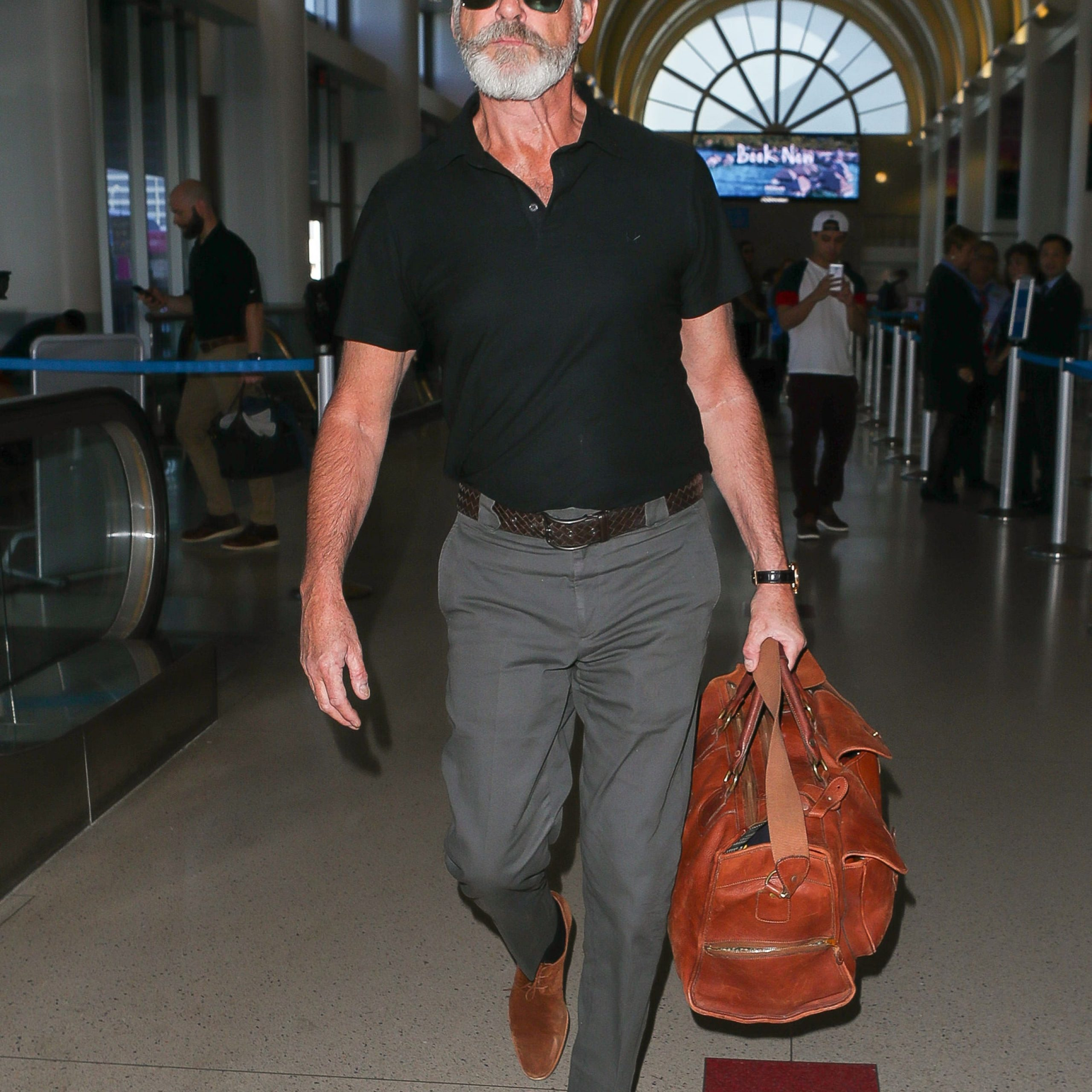 Pierce Brosnan - Travel in style with MOTA